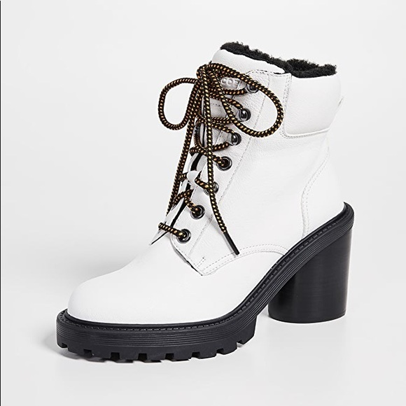 Marc Jacobs Shoes   White Ankle Boot